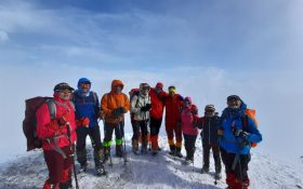 صعود کوهنوردان کانون کوه به قله دوبرار