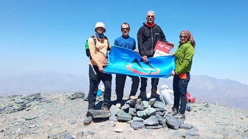 صعود تیم باشگاه کانون کوه به قله کهار